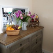 Tonto's View - Sitting Room Side Drawers with Kitchen opening